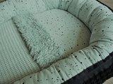 babynestje vintage groen confetti met grove wafel en bijpassend badstof matrasje, teddy deken en draagtas @ellebel (1)