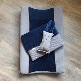 creatie @toffetutte blauwe velvet met wafel en leren piping paspelband (1)