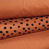 roest terracotta twil - wafeltjes katoen en painted dots tricot overbelicht maar goed te zien dat het bij elkaar kan