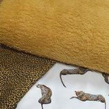 fluffy teddy met pantertje oker en digitale luipaard tricot