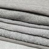 grijs stofjes fijne rib tricot - gevoerde tricot - boordstof - kabel tricot - wellness teddy - french terry