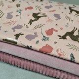 oud roze ribfluweel met licht oud roze katoenen velvet en poeder roze met goud print kinder tricot