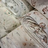 boho bloemen - eucalyptus rozen en bosdiertjes tricot BEEBS