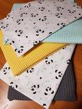 gele wafel met donker grijs, mint en swessie pandas