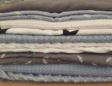 vintage blauw met wit en grijs wafels, hydrofiel en minky fleece