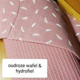 oud roze wafel met veertjes hydrofiel oud roze