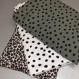 painted dots army off white en luipaard jursie en beebs