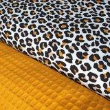oker luipaard tricot naast oker gele wafel