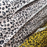 roze en oker luipaard rondjes tricot poppy (1)