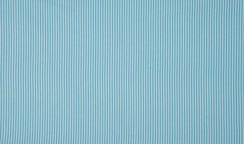 licht blauw wit streepje (op=op)