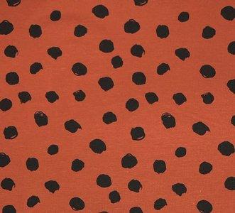 painted dots terracotta roest JUrsie